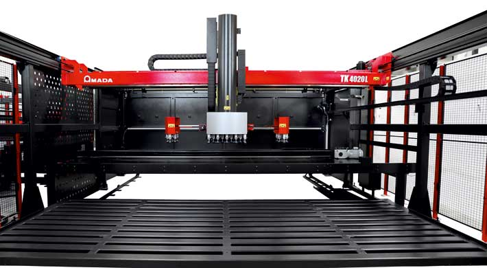 AMADA ENSIS-4020AJ with loading and unloading system: Automation on the large scale